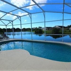 Fabulous Lakeside 4 Bedroom Pool Home in Kissimmee