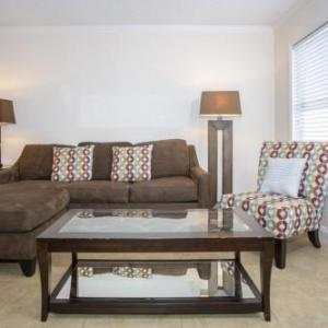 Comfy Couch With 1 Bedroom apts in Kissimmee