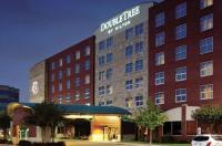 Doubletree By Hilton Hotel Dallas-Farmers Branch Image