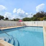 Accommodation near Youkey Theatre - Days Inn and Suites Lakeland