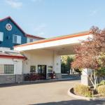 Salem Armory Auditorium Accommodation - Red Lion Inn & Suites McMinnville