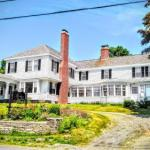 Brewster Inn - Bed And Breakfast
