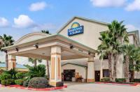 Days Inn And Suites Houston North Image