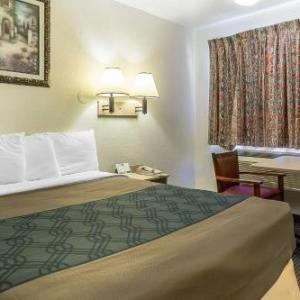 Hotels near Baptist World Center Headquarters - Rodeway Inn Nashville