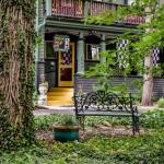 Vogue Theatre Indianapolis Hotels - Stone Soup Inn - Bed And Breakfast