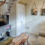 Carriage House, Fully Renovated Historic on Chatham Square