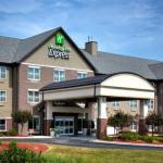 Holiday Inn Express & Suites Green Bay