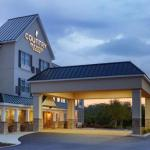 Accommodation near Kings Dominion - Country Inn & Suites By Carlson, Hanover, Va