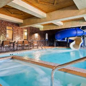 Stanford and Sons Comedy Club Kansas City Hotels - BEST WESTERN PREMIER Kansas City Speedway Inn & Suites