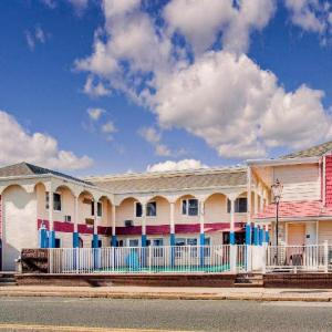 Surf Club Ortley Beach Hotels - Days Inn Seaside Heights