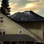 Mccloud River Mercantile Inn - Bed And Breakfast