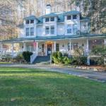 Taylor House Inn - Bed And Breakfast