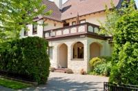 Bacon Mansion Bed And Breakfast Image