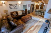 A Teton Tree House - Bed And Breakfast Image