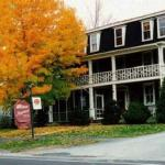 Maplehurst Inn - Bed And Breakfast