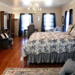 R. R. Thompson House Bed & Breakfast - Adults Only
