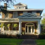 Port City Guest House - Bed And Breakfast