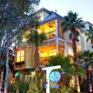 Waters Edge Inn At Folly Beach - Bed And Breakfast