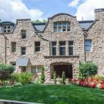 The Mansion At Maple Heights Bed And Breakfast -Adult Only