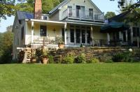 Green River Bridge House - Bed And Breakfast - Adults Only Image