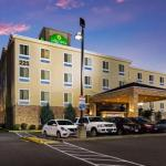 Accommodation near White River Amphitheatre - La Quinta Inn & Suites Auburn