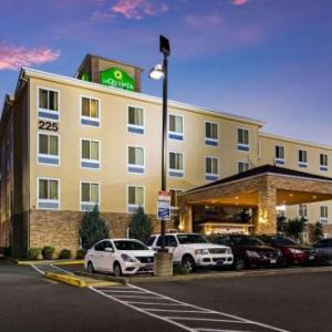 Hotels near Auburn Performing Arts Center - La Quinta Inn & Suites Auburn