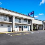 Hotels near Parx Racing and Casino - Knights Inn Trevose/Bucks County