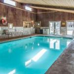 Econo Lodge Inn & Suites Madras Chateau Inn