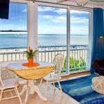 Oceanfront VA Beach Studio with Views and Pool Access!