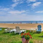 Oceanfront Virginia Beach Studio with Pool Access!