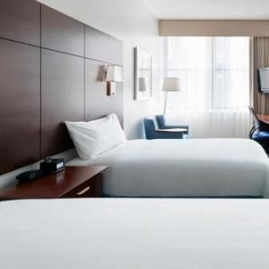 Hotels near Chicago Temple - Central Loop Hotel