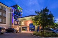 Holiday Inn Express Tampa North - Telecom Park Image