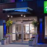 Lincoln Harbor Marina Accommodation - Holiday Inn Express - Times Square