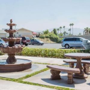 Hotels near NOS Events Center - San Bernardino Knights Inn