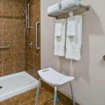Red Deer Arena Accommodation - BEST WESTERN PLUS Chateau Inn Sylvan Lake