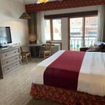 Red Rocks Amphitheatre Hotels - Table Mountain Inn
