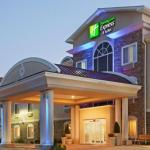 Hotels near Palace Theater Waterbury - Holiday Inn Express Hotel & Suites Meriden