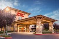 Hampton Inn & Suites Windsor Sonoma Wine Country Image