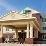 Holiday Inn Express Hotel & Suites Childress