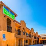 Hotels near The Rhythm Lounge - Americas Best Value Inn