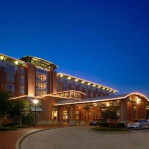 Chattanooga Convention Center Hotels - The Chattanoogan Hotel