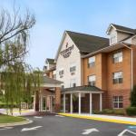 PNC Music Pavilion Accommodation - Country Inn & Suites Charlotte University Place