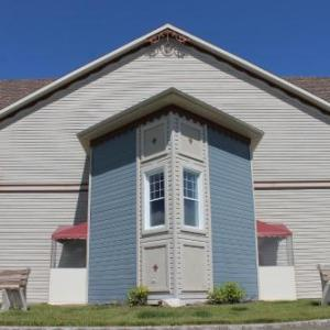 Hotels near St. Basile Arena - Days Inn Edmundston