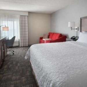 Suffolk Downs Hotels - Hampton Inn Boston-Logan Airport