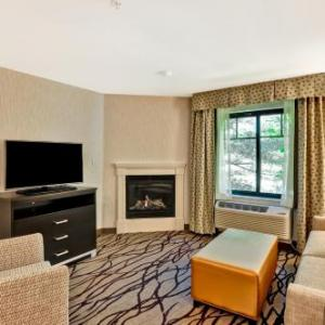 Hotels near Johnny D's Uptown Restaurant and Music Club - Homewood Suites By Hilton Cambridge-Arlington