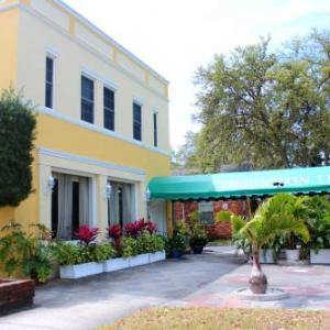 Downtown St Petersburg Hotels - The Inn On Third