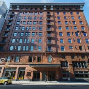 Hotels Near  Walnut Street Cincinnati Ohio