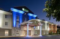 Comfort Inn & Suites Mount Laurel Image