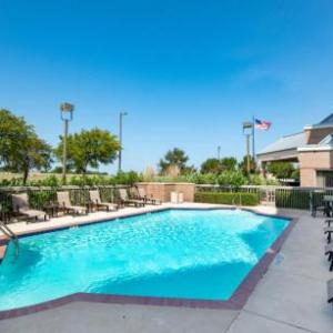 Alliance Airport Hotels - Hampton Inn & Suites N. Ft. Worth-Alliance Airport