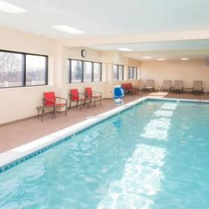 Deltaplex Hotels - Hampton Inn Grand Rapids-North
